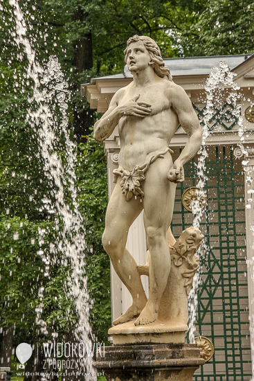 Fountain Adam. Peterhof.